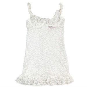 Victorias Secret sz S White Heart Lacie Chemise